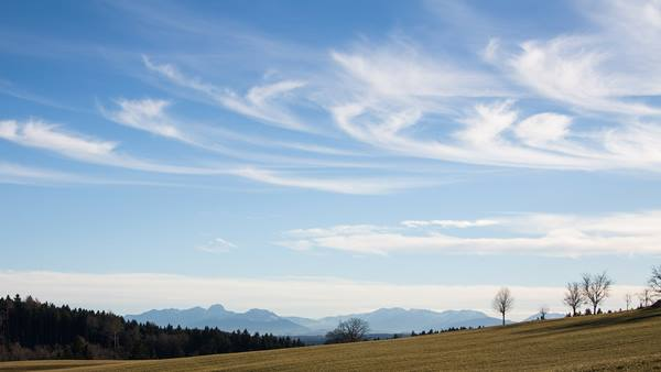 Chmury pierzaste - Cirrus